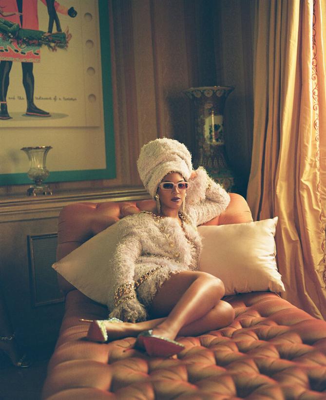 """Beyonce'nin """"Black Is King"""" Albümünü Taçlandıran Stil Görünümleri - Beyonce'nin """"Black Is King"""" Albümünü Taçlandıran Stil Görünümleri"""
