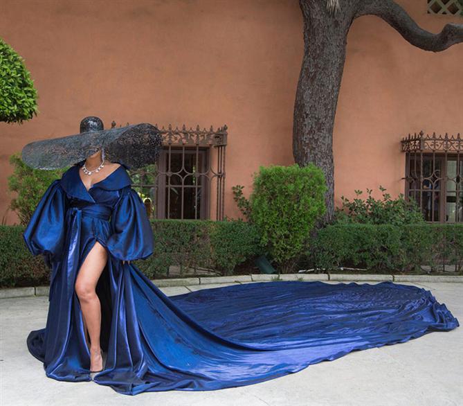 """Beyonce'nin """"Black Is King"""" Albümünü Taçlandıran Stil Görünümleri"""