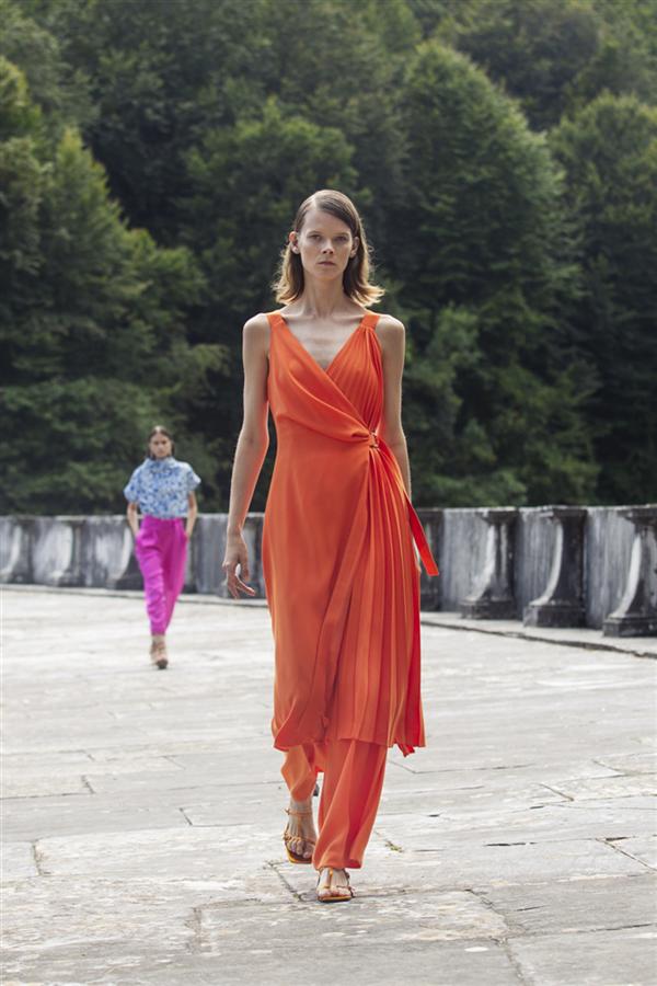 Bir Moda Yolculuğu: Exquise İlkbahar/Yaz 2021 Imaginative Traveller