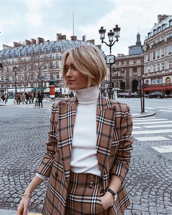 Blazer Ceketlerle Muhteşem Görünümünüzü Tamamlayın