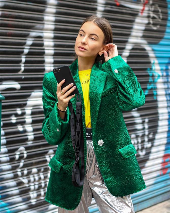 Blazer Ceketlerle Muhteşem Görünümünüzü Tamamlayın - Blazer Ceketlerle Muhteşem Görünümünüzü Tamamlayın