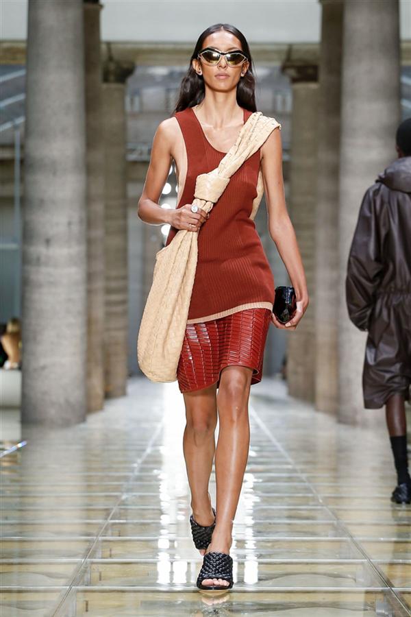 Bottega Veneta İlkbahar/Yaz 2020 Tasarımları - Bottega Veneta İlkbahar/Yaz 2020 Tasarımları