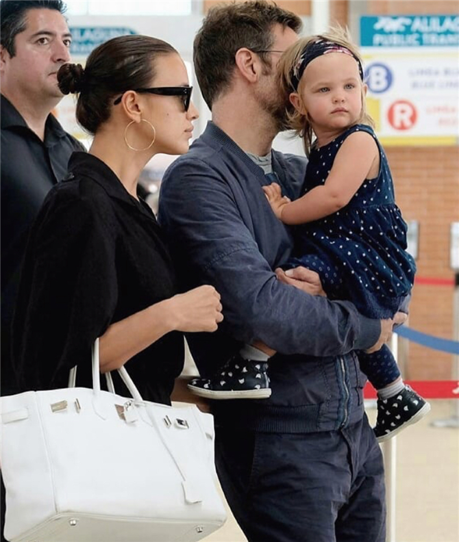 Bradley Cooper Irina Shayk ve Kızıyla Venedik'te