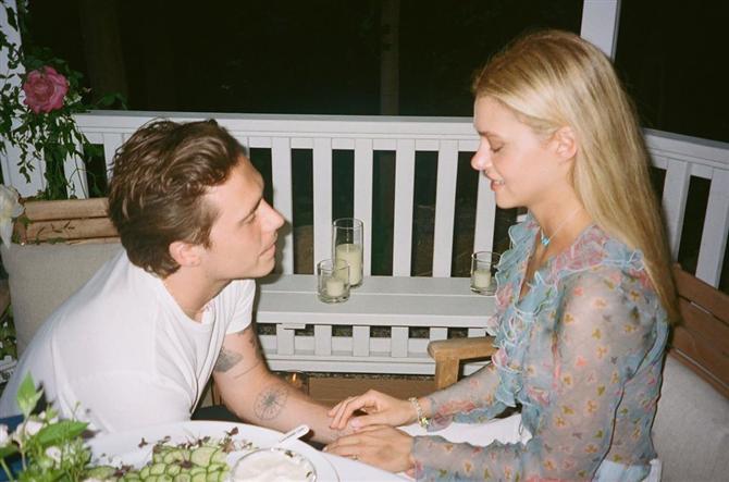 Brooklyn Beckham ve Nicola Peltz'in Evlilik Teklifi Fotoğrafları