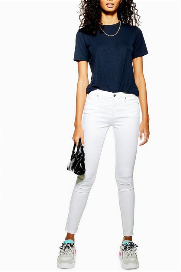 Bu Yaz Beyaz Jean Pantolonlardan Vazgeçemeyeceksiniz! - Bu Yaz Beyaz Jean Pantolonlardan Vazgeçemeyeceksiniz!