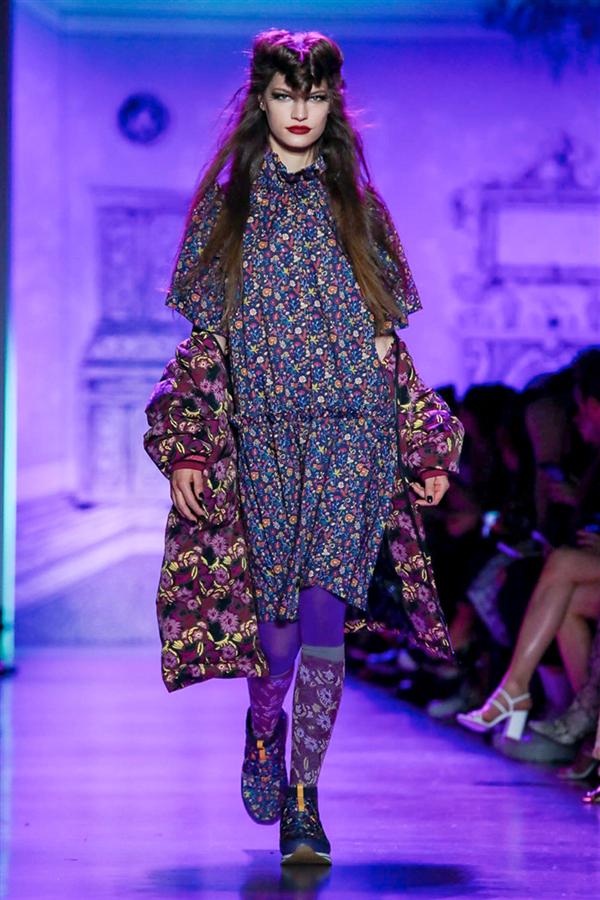Büyüleyici Anna Sui Sonbahar/Kış 2020 Koleksiyonu
