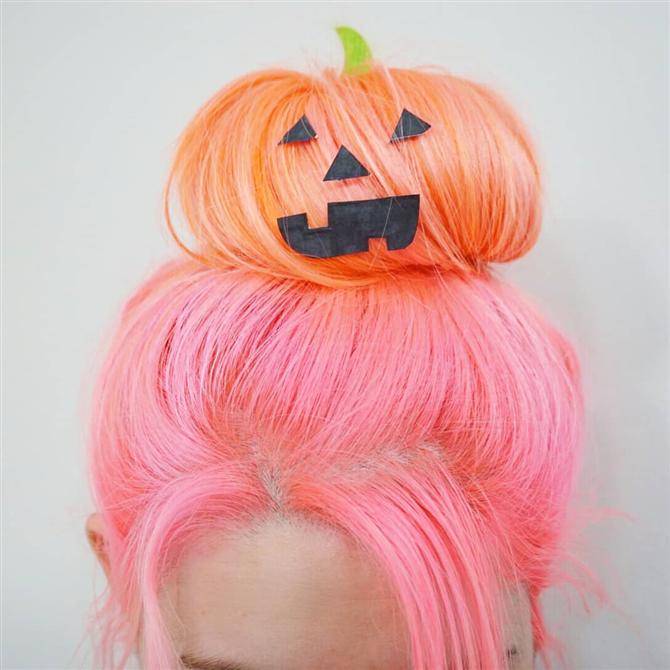 Cadılar Bayramı İçin Aksesuarlarla Yapabileceğiniz 4 Eğlenceli Saç Modeli - Cadılar Bayramı İçin Aksesuarlarla Yapabileceğiniz 4 Eğlenceli Saç Modeli