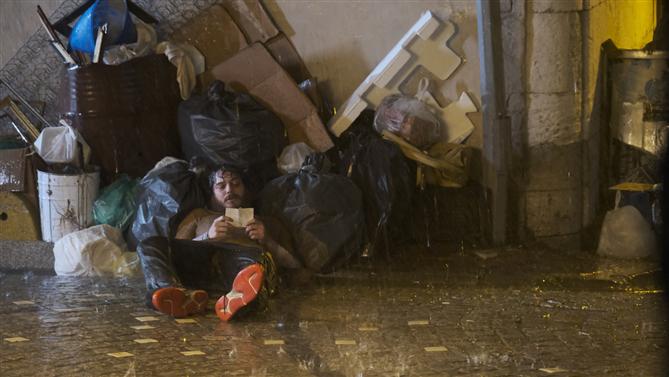 Çağatay Ulusoy'un Netflix Filmi Mücadele Çıkmazı'ndan İlk Kareler