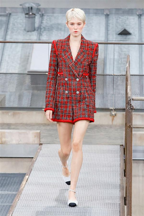 Chanel İlkbahar/Yaz 2020 Tasarımlarından Öne Çıkan Detaylar - Chanel İlkbahar/Yaz 2020 Tasarımlarından Öne Çıkan Detaylar