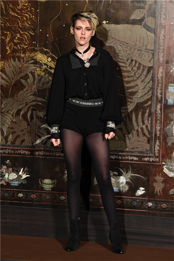 Kristen Stewart - Chanel Pre-Fall 2020 Defilesinin Ünlü Davetlileri Büyüledi