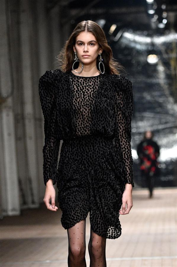 Cindy Crawford'ın Kızı Kaia Gerber, Chanel'in Yeni Yüzü Oldu