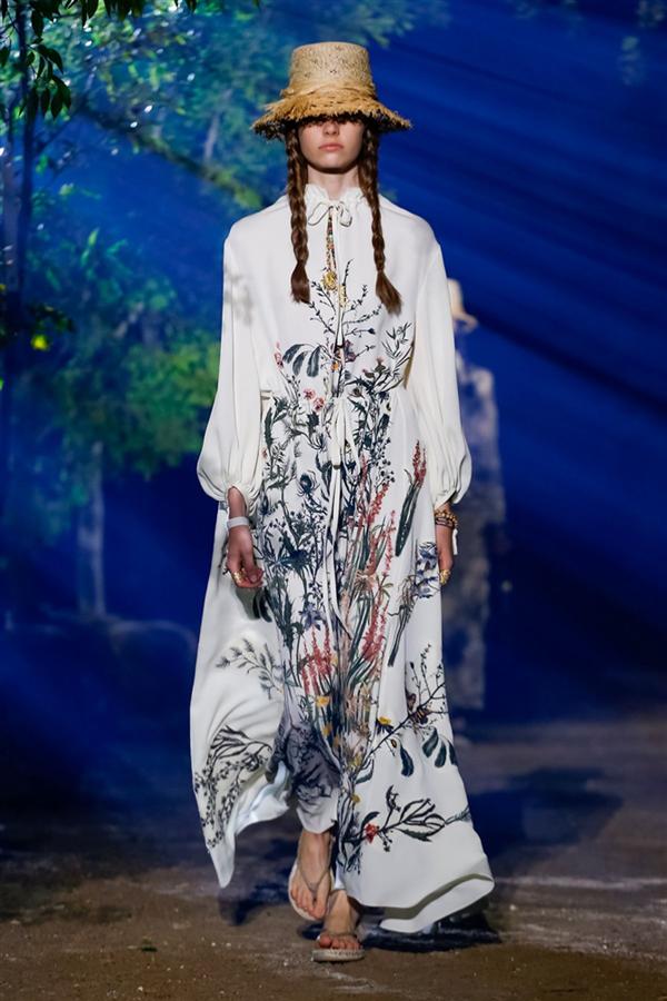Dior İlkbahar/Yaz 2020 Koleksiyonundan Dikkat Çeken Görünümler