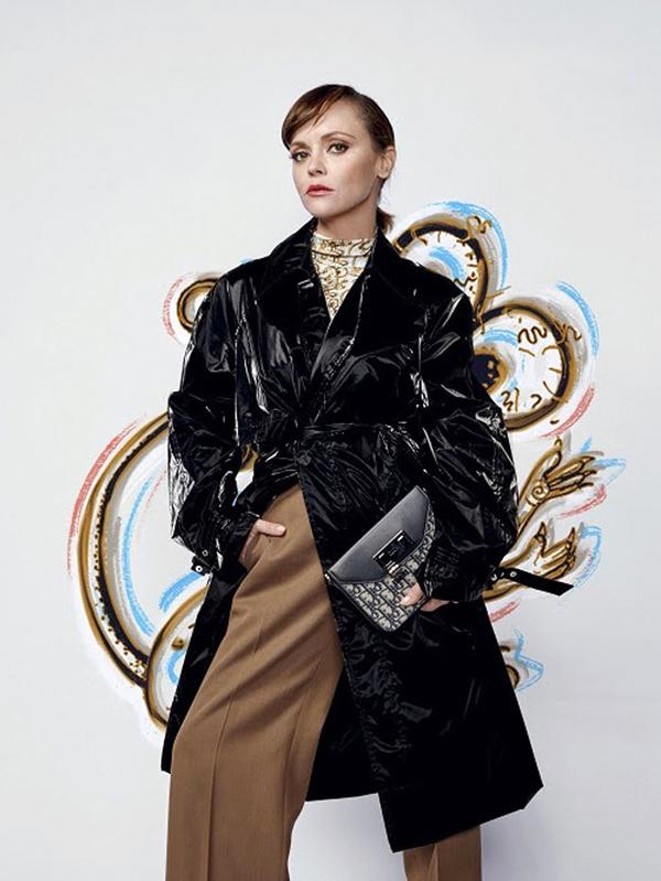 Christina Ricci - Dior Men 2021 Dijital Şovunda Ünlü İsimler