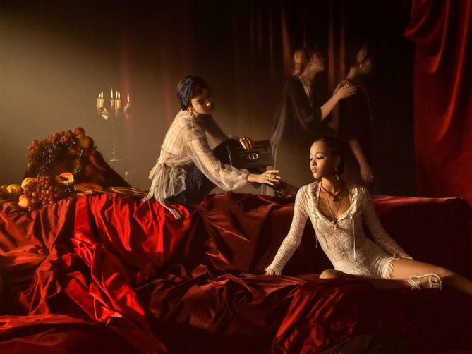 Dior'un Sanattan İlham Alan 2021 İlkbahar/ Yaz Kampanyası