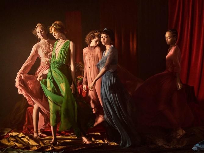 Dior'un Sanattan İlham Alan 2021 İlkbahar/ Yaz Kampanyası - Dior'un Sanattan İlham Alan 2021 İlkbahar/ Yaz Kampanyası