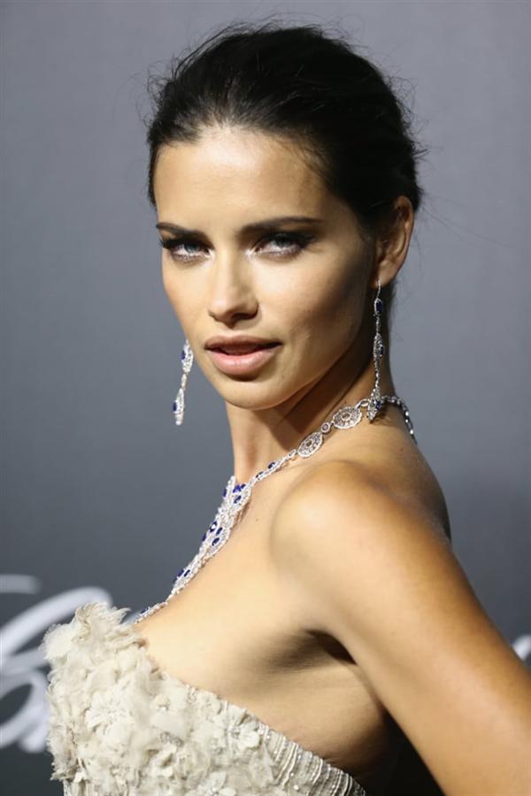 Doğum Günü Şerefine Adriana Lima'nın Güzellik Evrimi - Doğum Günü Şerefine Adriana Lima'nın Güzellik Evrimi
