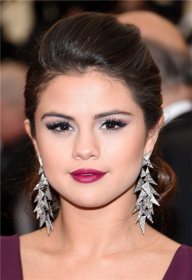 Doğum Günü Şerefine Dünden Bugüne Güzellik Görünümleriyle Selena Gomez