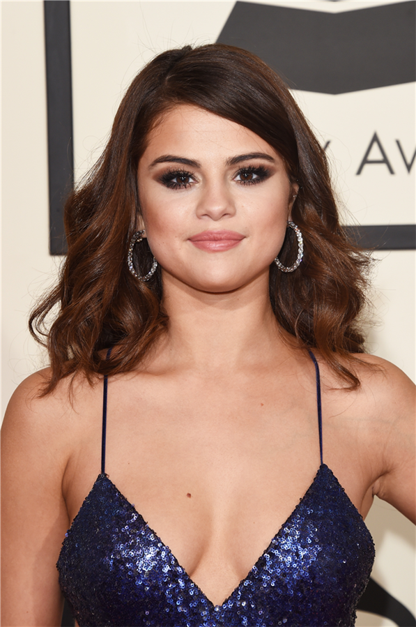 Doğum Günü Şerefine Dünden Bugüne Güzellik Görünümleriyle Selena Gomez - Doğum Günü Şerefine Dünden Bugüne Güzellik Görünümleriyle Selena Gomez