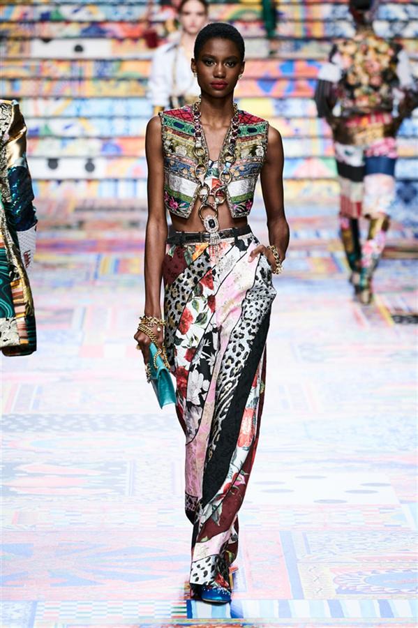 Dolce & Gabbana İlkbahar/Yaz 2021 Koleksiyonundan En İyiler - Dolce & Gabbana İlkbahar/Yaz 2021 Koleksiyonundan En İyiler