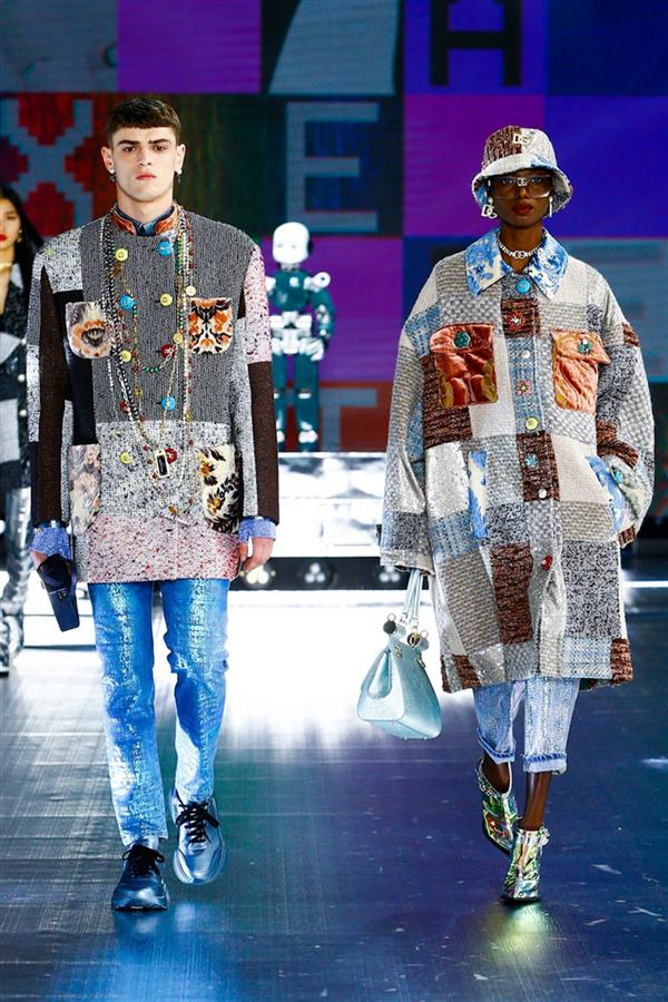 Dolce & Gabbana'dan İddialı Sonbahar/ Kış 2021 Tasarımları - Dolce & Gabbana'dan İddialı Sonbahar/ Kış 2021 Tasarımları