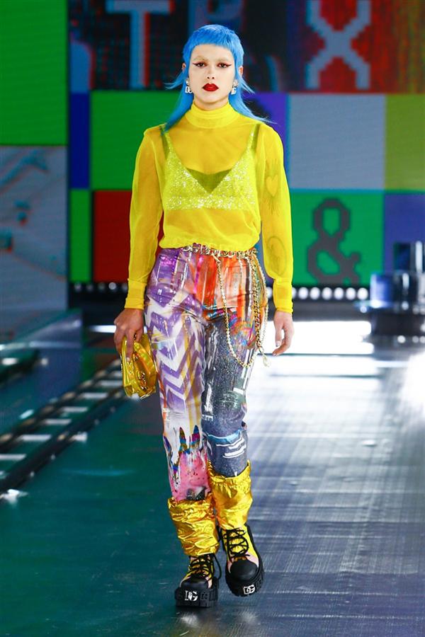 Dolce & Gabbana'dan İddialı Sonbahar/ Kış 2021 Tasarımları