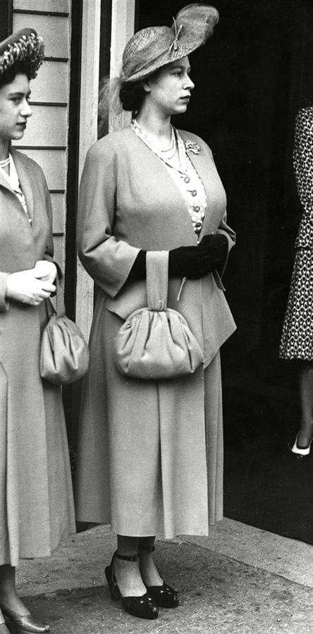 Dünden Bugüne Kraliyet Kadınlarının Hamile Stili