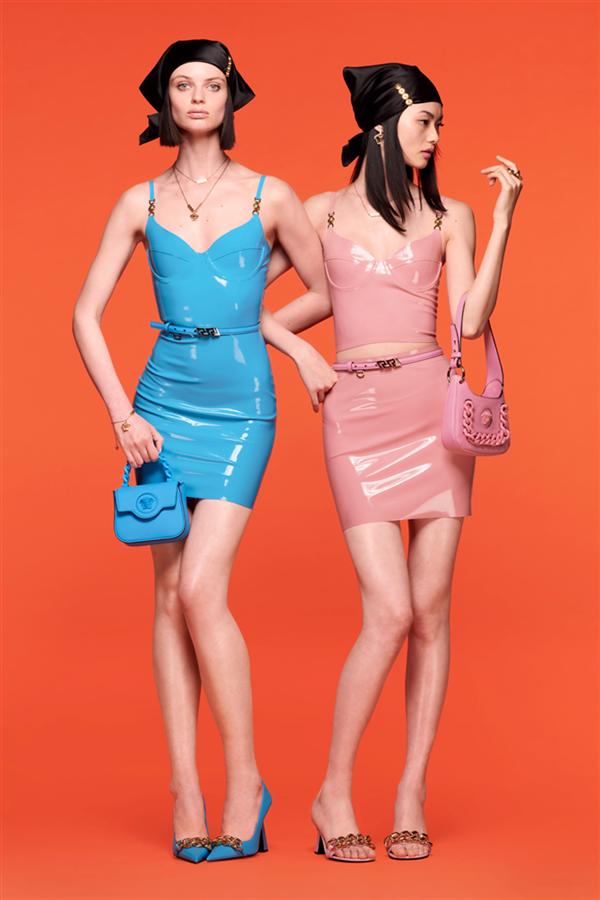 Eğlence Vadeden Versace Resort 2022 Koleksiyonu - Eğlence Vadeden Versace Resort 2022 Koleksiyonu