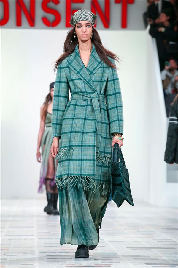 Ekose Etkisinde Dior Sonbahar/Kış 2020 Tasarımları - Ekose Etkisinde Dior Sonbahar/Kış 2020 Tasarımları