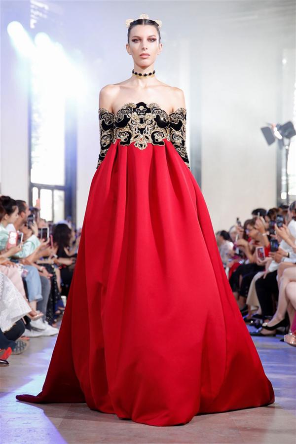 Elie Saab Couture Sonbahar/Kış 2019 Tasarımlarında Japon Etki - Elie Saab Couture Sonbahar/Kış 2019 Tasarımlarında Japon Etki