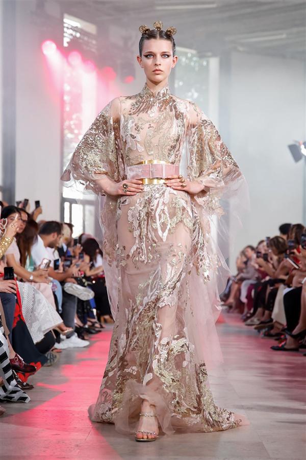 Elie Saab Couture Sonbahar/Kış 2019 Tasarımlarında Japon Etki