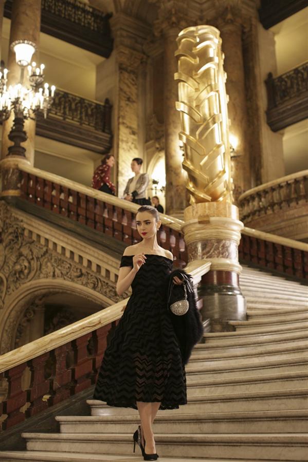 Emily In Paris Dizisinden En İyi Görünümler - Emily In Paris Dizisinden En İyi Görünümler