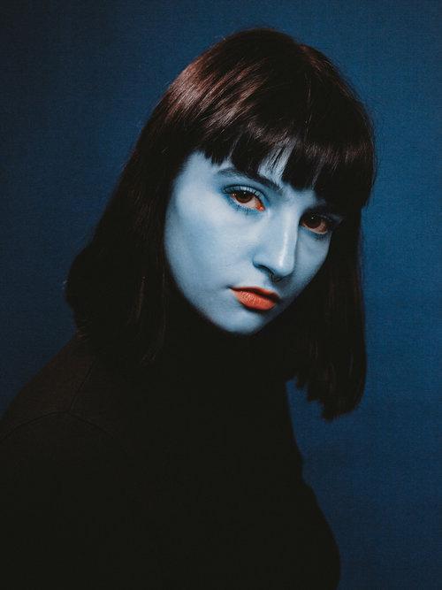 Etienne Dufresne'nin Garip ve Çarpıcı Mavi Kadınları - Etienne Dufresne'nin Garip ve Çarpıcı Mavi Kadınları