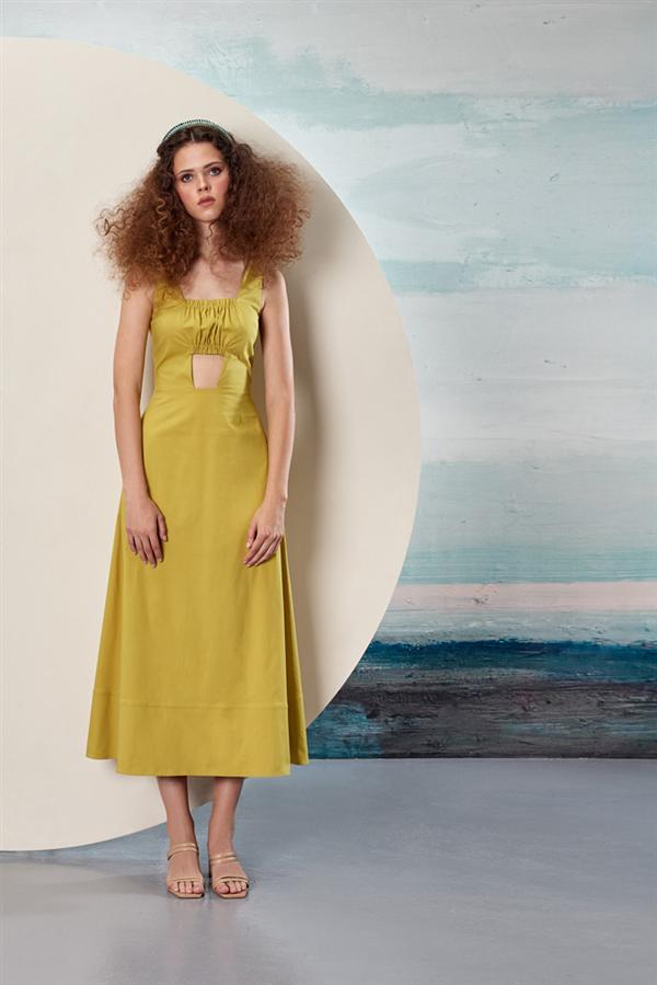 Fashion Week Istanbul: Özlem Erkan İlkbahar/ Yaz 2022