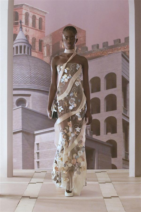 Fendi Haute Couture Sonbahar/Kış 2021-22 - Fendi Haute Couture Sonbahar/Kış 2021-22