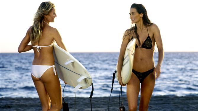 Filmlerden Unutulmaz Plaj Sahnelerinin Işığında Bikini Önerileri - Filmlerden Unutulmaz Plaj Sahnelerinin Işığında Bikini Önerileri