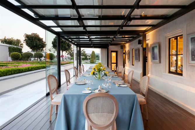 Four Seasons Hotel Bosphorus'un Yeni Mekânı Yasemin Misafirlerini Ağırlıyor - Four Seasons Hotel Bosphorus'un Yeni Mekânı Yasemin Misafirlerini Ağırlıyor