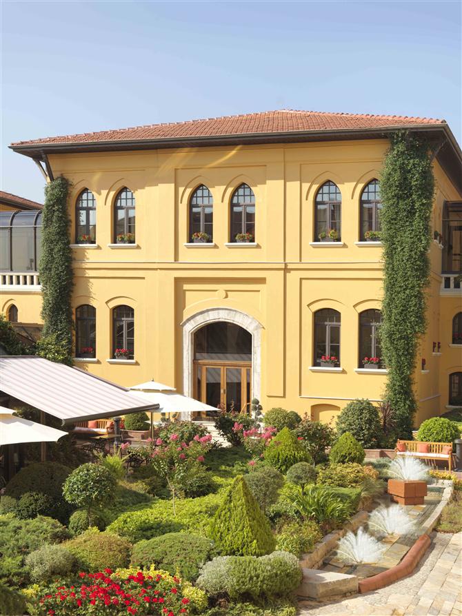 Four Seasons Hotel Istanbul At Sultanahmet Renovasyon Projesine Başlıyor - Four Seasons Hotel Istanbul At Sultanahmet Renovasyon Projesine Başlıyor