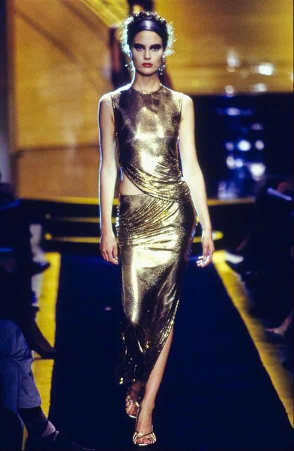 Gianni Versace'nin Moda Tarihine Damgasını Vuran 20 Tasarımı