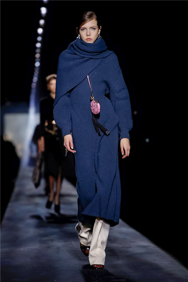 Givenchy Sonbahar/Kış 2019 Koleksiyonundan Dikkat Çeken Tasarımlar