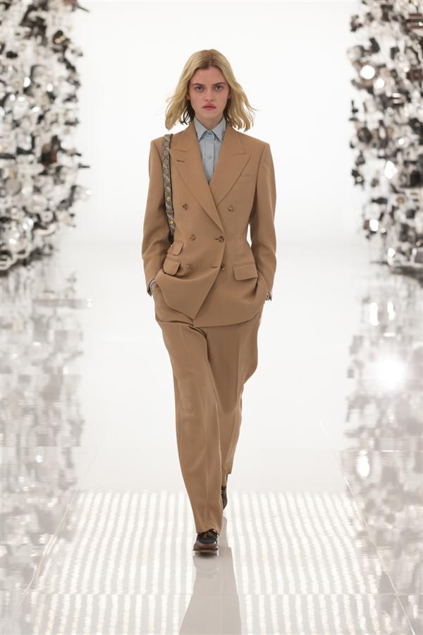 Gucci 100. Yaşını Sonbahar 2021 Koleksiyonuyla Kutluyor! - Gucci 100. Yaşını Sonbahar 2021 Koleksiyonuyla Kutluyor!