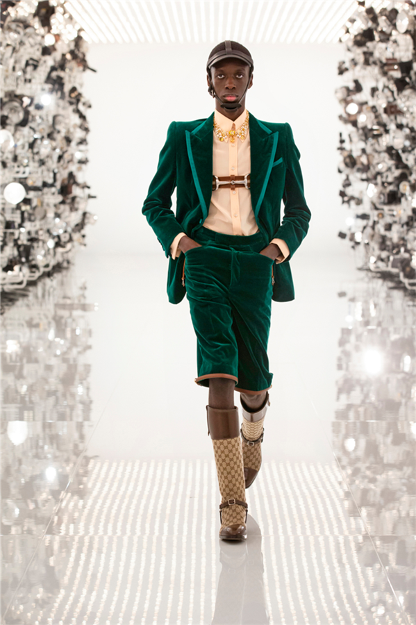 Gucci 100. Yaşını Sonbahar 2021 Koleksiyonuyla Kutluyor!
