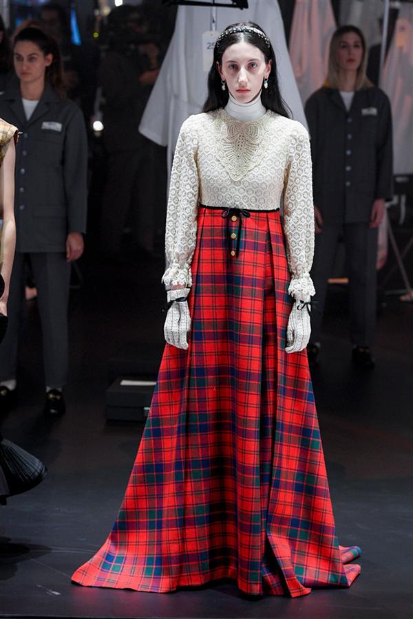 Gucci Sonbahar/Kış 2020 Koleksiyonundan Çarpıcı Tasarımlar