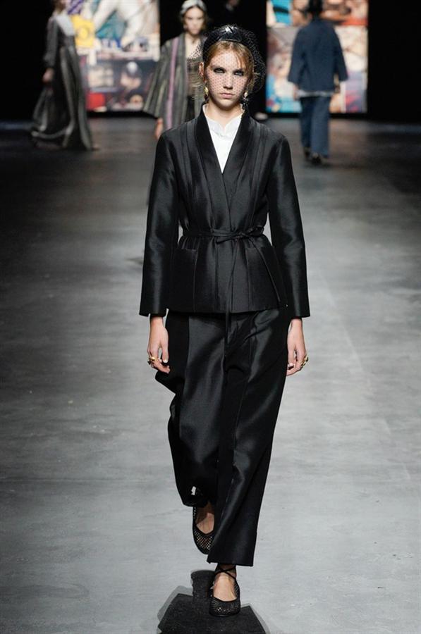 Gücünü Sadeliğinden Alan Christian Dior İlkbahar/Yaz 2021 Koleksiyonu