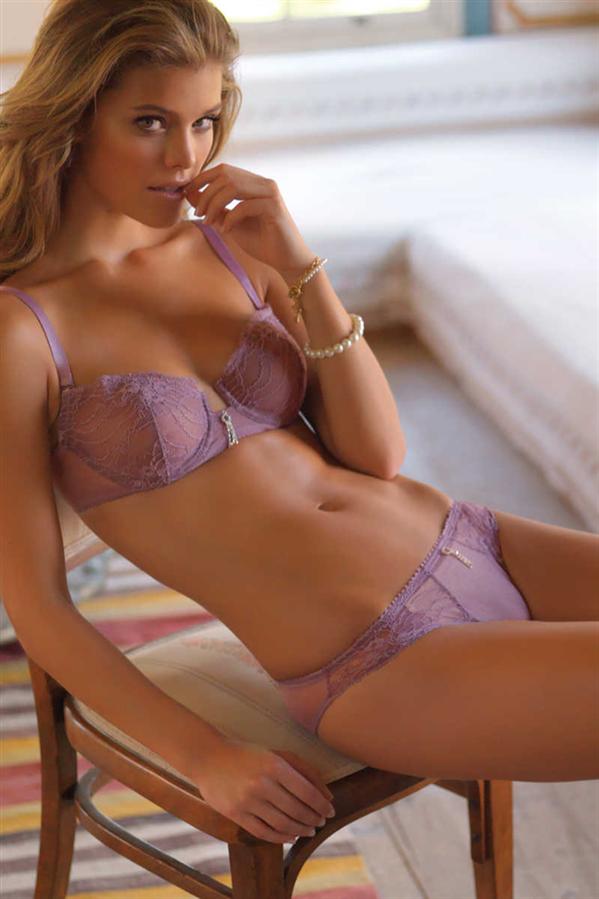 Güzelliğinizi Taçlandıracak Sezonun En Trend İç Çamaşırı Modelleri