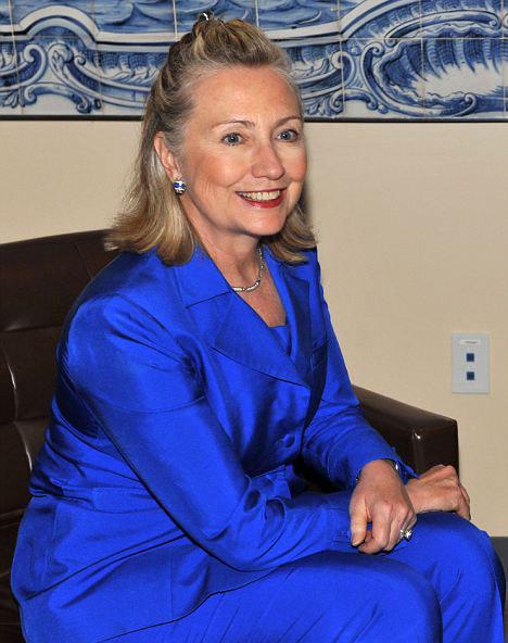 sac-tokasinin-laneti - Hillary Clinton`ın kıskaç tokası