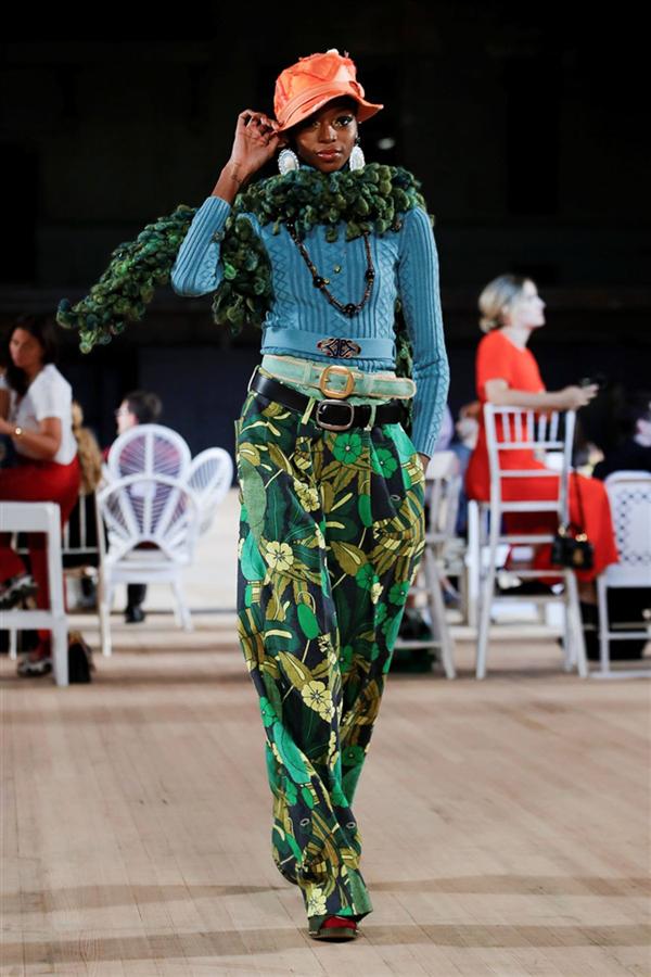 İddialı ve Kusursuz: Marc Jacobs İlkbahar/Yaz 2020 Koleksiyonu