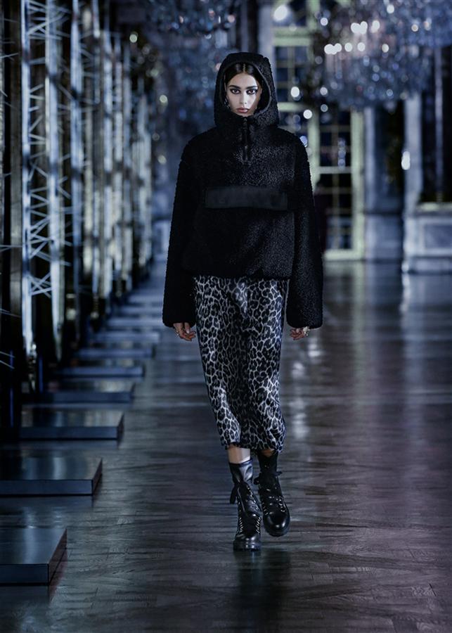 İlhamını Masallardan Alan Dior Sonbahar/Kış 2021-22 Koleksiyonu