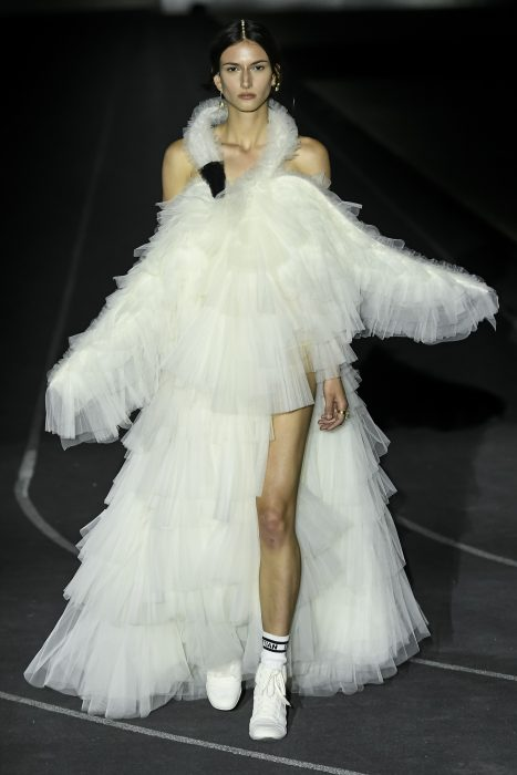 İlhamını Spordan Alan Christian Dior Resort 2022 Koleksiyonu - İlhamını Spordan Alan Christian Dior Resort 2022 Koleksiyonu