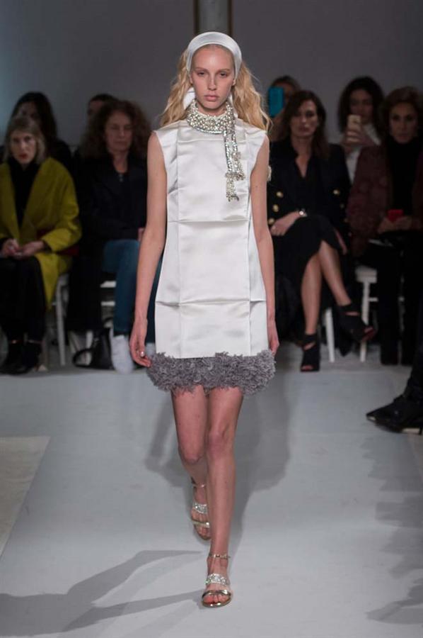 İlkbahar 2017 Couture: Giambattista Valli - İlkbahar 2017 Couture: Giambattista Valli