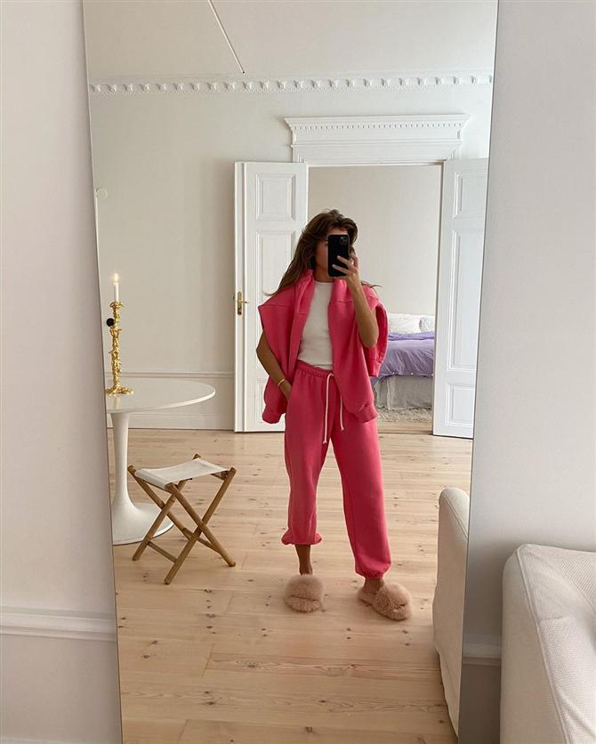 Instagram'ın Öne Çıkan Karantina Stilleri #EvdeKal